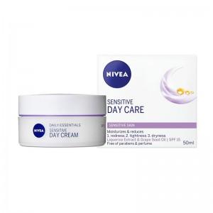 NIVEA Essentials 24h...