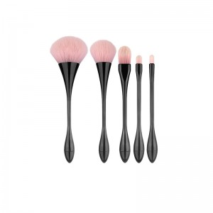 SWEET ROSE Makeup Brushes...